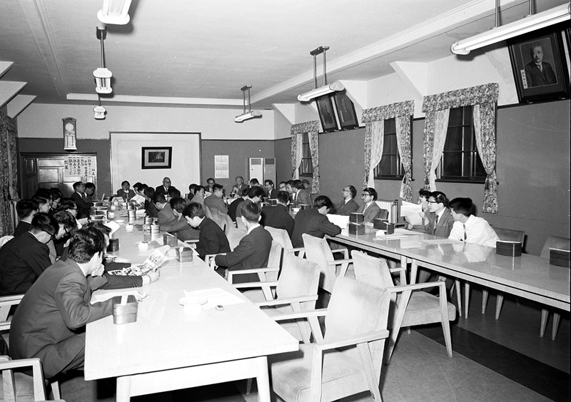 キャンパス今・昔(12) | 卒業生の方へ | 東北大学 工学研究科・工学部